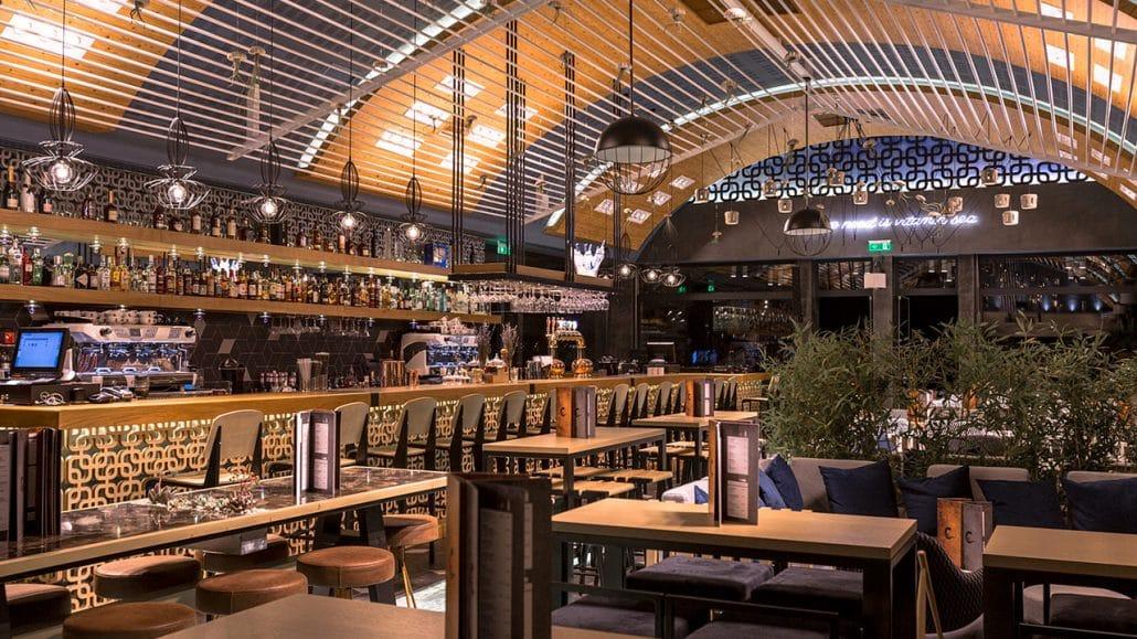 Ciel bar restaurant grand opening christofer - Ciel de bar cuisine ...